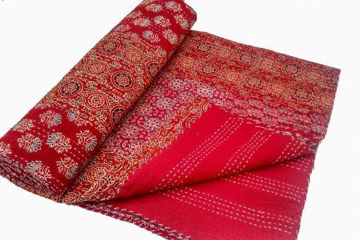 Queen Size Quilt, Hand Block Blanket, Kantha Quilt, Beautiful Cotton Handblock Handstich Kantha Quilt, Bedcover, Bedspread, Throw, Picnic Throw