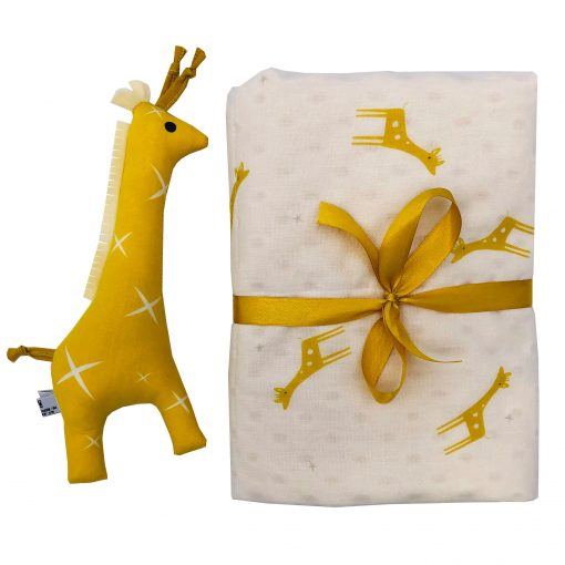 Organic Cotton Giraffe Baby Gift Set - Rattle & Cuddle Blanket Gender Neutral New Free Packaging Free Shipping
