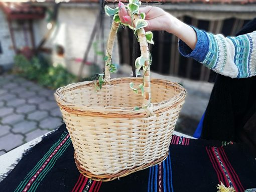 Vintage Straw Basket, Hand Made Wicker Rustic Decor, Fermhouse Picnic Gift For A Housewife, Basket Circa 1980S
