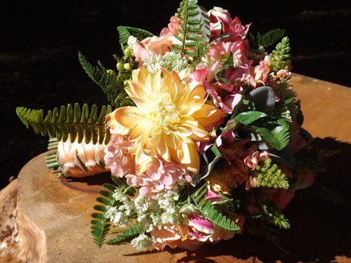 Sale, Ready To Ship, Country Chic, Garden Whimsy, Queen Anne's Lace, Rose, Dahlia, Snapdragon, Gloriosa Lily, Sweet Pea, Hydrangea, Fern
