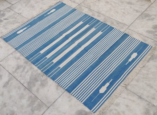 Cotton Rug Home Décor Living Room Flat Weave 4'x6' Handwoven Natural Vegetable Dyed Blue White Striped Yoga Rag Dhurrie Kilim