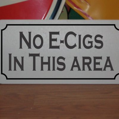No E-Cigs in This Area Metal Sign For Bar Restaurant Man Cave Chicken Coop Farm Ranch Or Kitchen Decor
