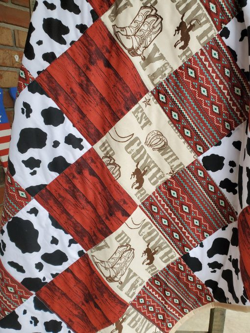 Western Theme, Cowboy Cow Cuddle Quilt