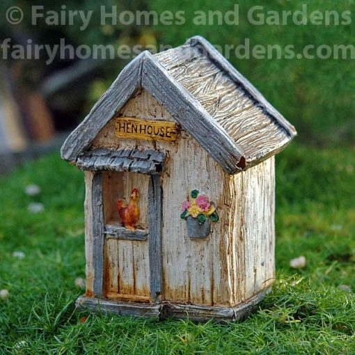 Miniature Fairy Garden Hen House Building - Farm Themed Accessories Chicken Coop