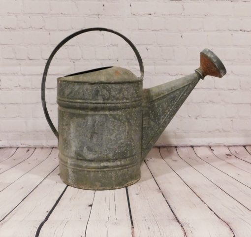 Vintage Galvanized Metal Watering Can, Garden Sprinkling Farmhouse, Cottage Style, Gardening Tool, Porch Decor