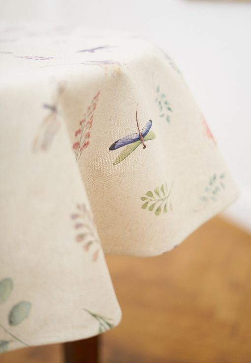 Round Dragonfly & Flower Print Tablecloth On Linen Background, Circle Botanical Pattern Table Cover